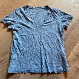 Madewell blue v-neck tee